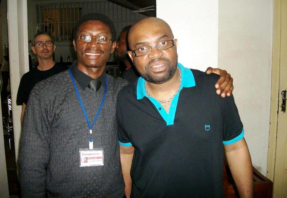 Daniel Ndieh et Etienne Mbappe après son concert explosif à l'Institiut français du Cameroun à Yaoundé